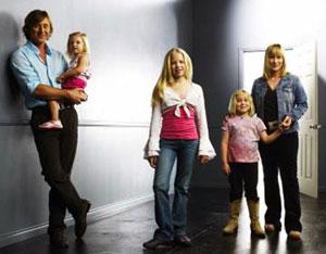 medium_family.jpg